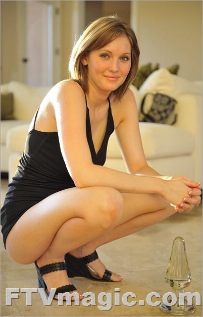 FTV Girl Sadie: Full Of Milk (April 2009)