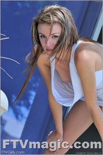 FTV Girl Kourtney: Gymnast In Softcore (Sep 2011)
